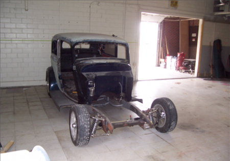 Lee Muncy's '33 Ford Sedan WIP